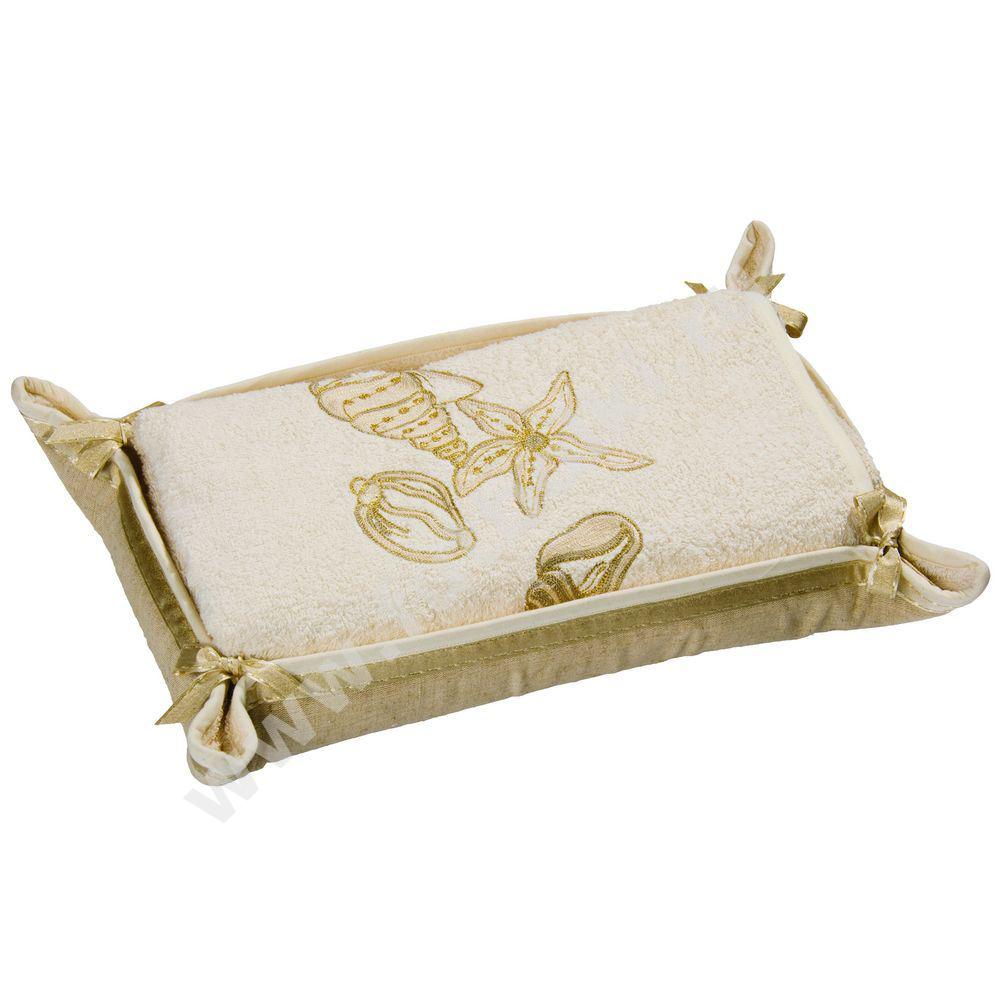 "Банное полотенце в корзине ""Ракушки"" от 4 750 руб"